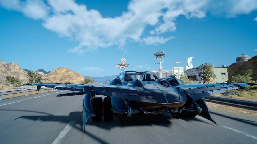 The Regalia airship in Final Fantasy XV. (Image by Square Enix)